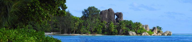 חוף קסום באי לה-דיג